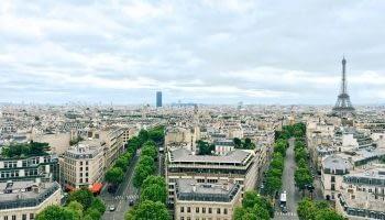 Luxury car hire Paris - Rentloox.com