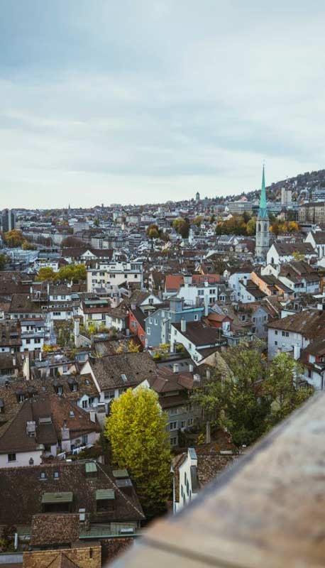 Rent luxury car in Switzerland - rentloox.com