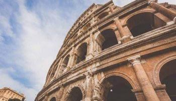 Luxury car hire Rome - Rentloox.com