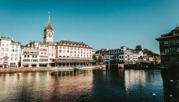 Luxury car hire Zurich - Rentloox