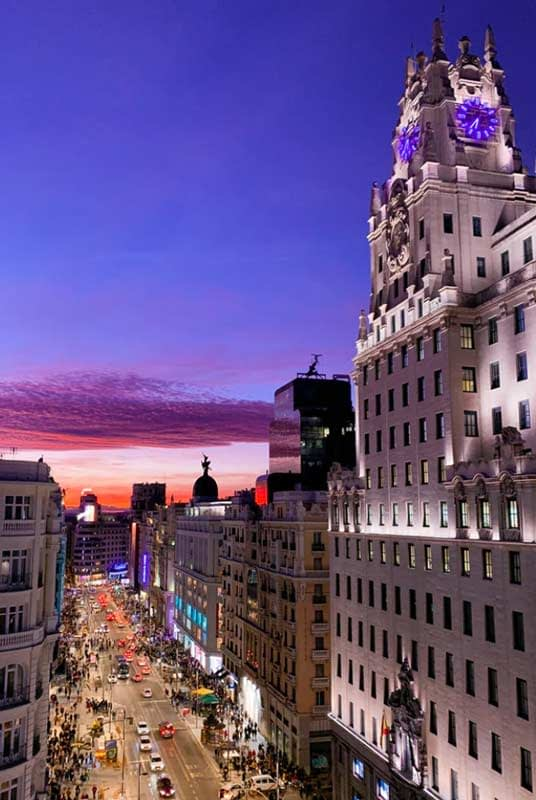 Rent luxury car in Madrid- rentloox.com