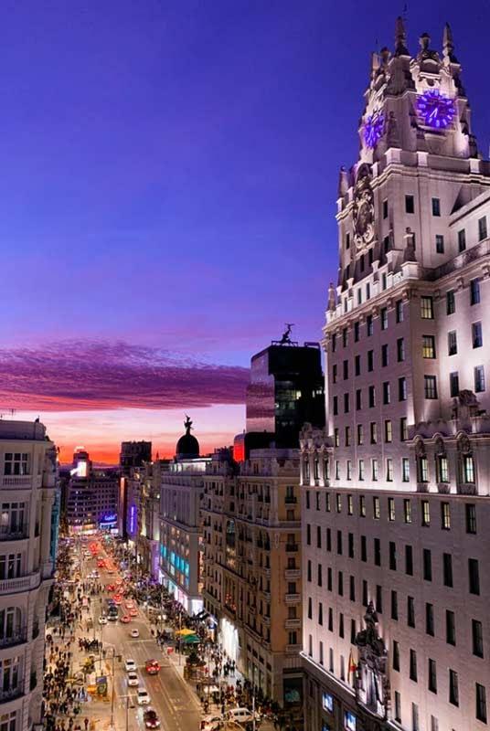 Rent luxury car in Madrid- rentloox.com